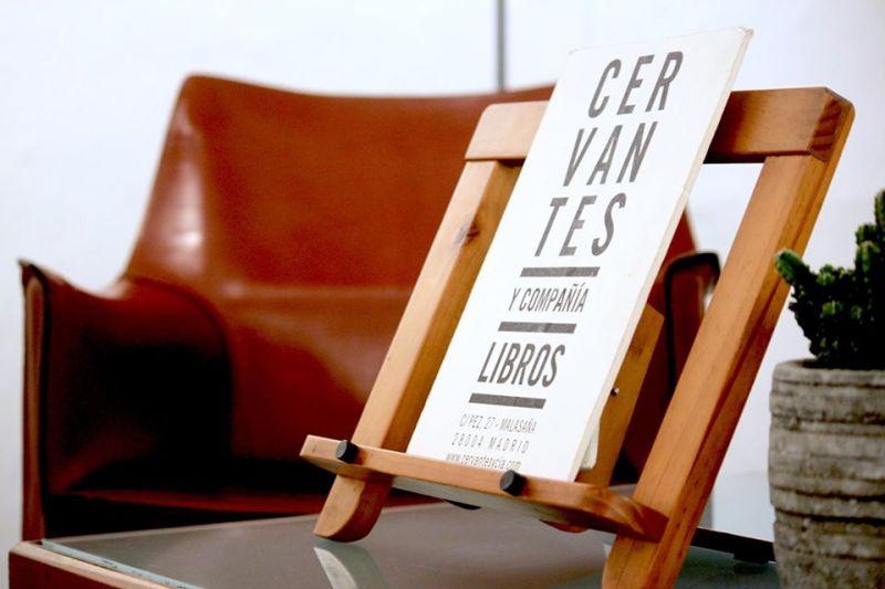 Cervantes y Compañía, librería